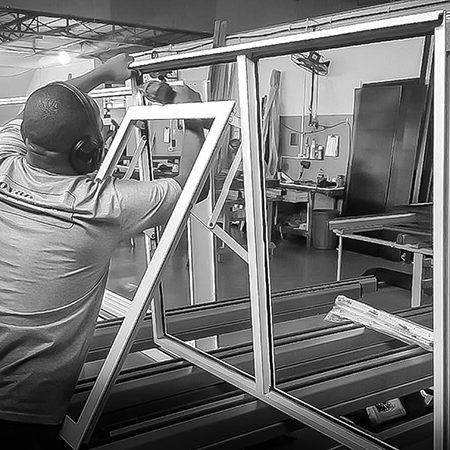 Inovar Tecnologia em Esquadrias de Alumínio